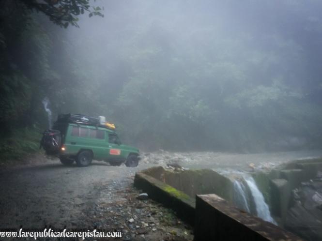 Arepistan - Aguacate - Tampolin de la Muerte - Colombia